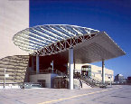 長野県東口駅前広場人口地盤・エントランスキャノピー(長野市)